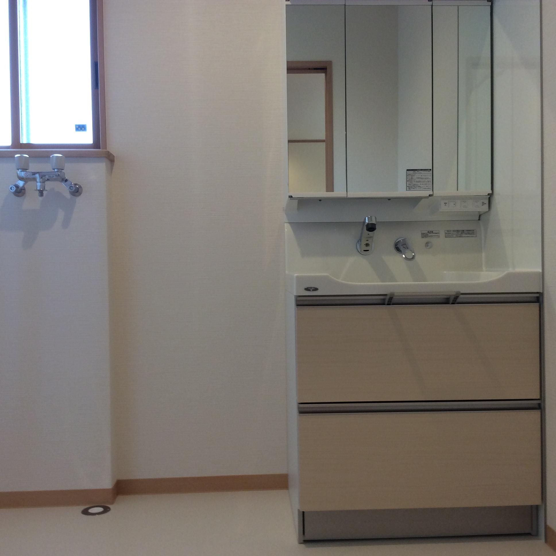 洗面化粧室2