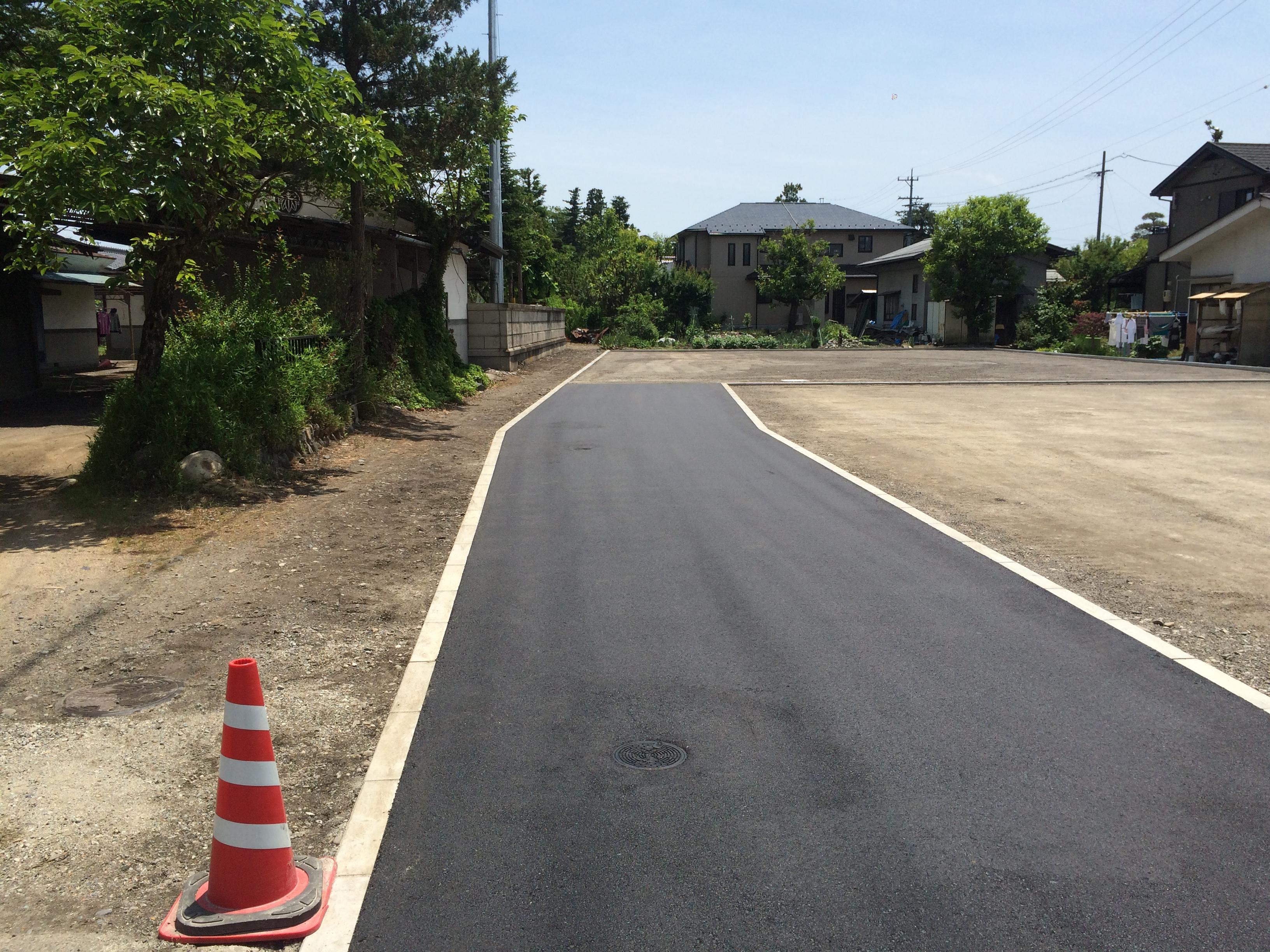 宅地延長部分は3.5m幅 赤線含めると5m以上となります