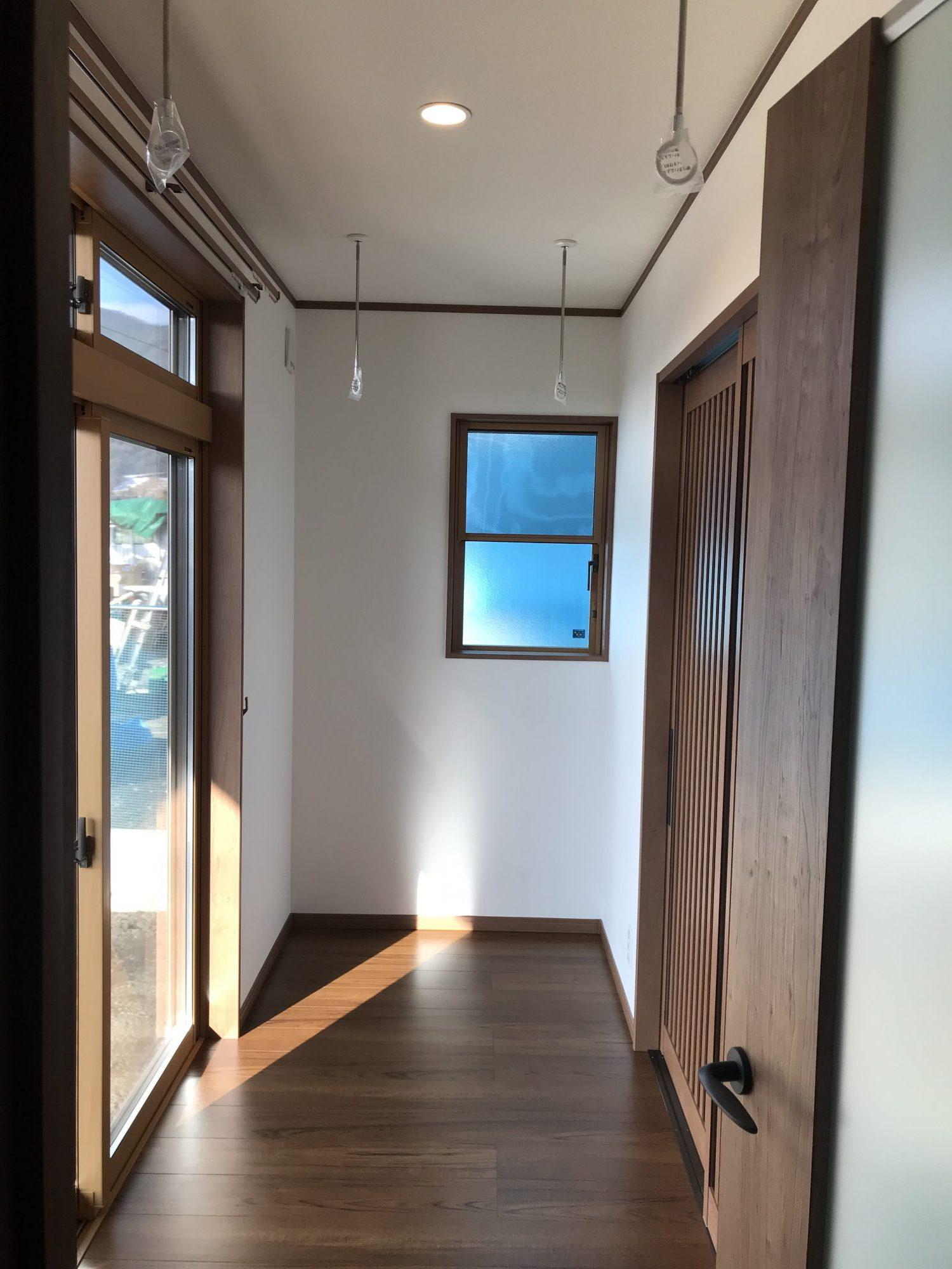 広縁+室内物干スペース